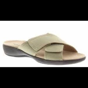 Trotters Getty Khaki NEW 6M